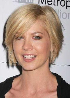 short hairstyles side swept bangs
