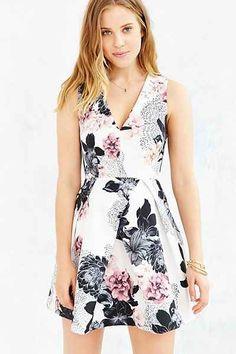 Keepsake Floral Gone Girl Dress - Urban Outfitters