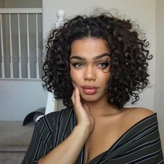 Curly Hair Styles Easy, Haircuts For Curly Hair, Curly Hair Cuts, Cut My Hair, Short Curly Hair, Natural Hair Styles, Short Hair Styles, Crown Hairstyles, Curled Hairstyles