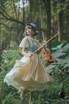 Fantastic Wind -Harmonium- Classic Lolita JSK Jumper Skirts With Hats Kawaii Fashion, Lolita Fashion, Cute Fashion, Rock Fashion, Emo Fashion, Gothic Fashion, Old Fashion Dresses, Fashion Outfits, Pretty Outfits