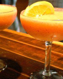 APRICOT ORANGE MARGARITA Drink Responsibly.Sauza® Tequila, 40% alc./vol.©2012SauzaTequila Import Company, Deerfield, IL.