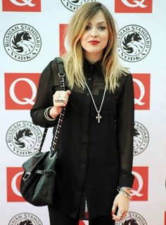 Le style Fearne Cotton - Mode - Be Fearne Cotton, Dress For Success, Hair Colour, Makeup Ideas, Hair Makeup, Photos, Bomber Jacket, Icons, Hair Styles