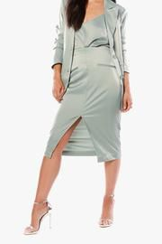 Satin Pencil Skirt, Keep It Classy, Stretch Fabric, Dresses For Work, Spring Summer, V Neck, Lady, Skirts, Collection