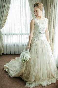 <3 Our Wedding, Dream Wedding, How To Memorize Things, Flower Girl Dresses, Guys, Wedding Dresses, Beauty, Fashion, Bride Dresses