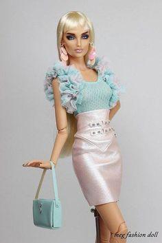 Fashion Royalty Dolls, Fashion Dolls, Fashion Art, Barbie Gowns, Barbie Dress, Barbie Doll, Barbie Outfits, Barbie Style, New Outfits