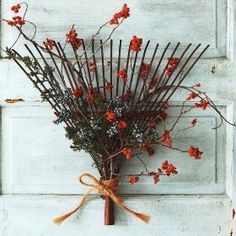 DIY Fall Wreath Ideas - Rake Wreath  #DIY #fall #wreath #rake