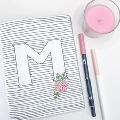 Bullet Journal Ideas to Try This Year + Printable Checklist - The Petite Planner March Bullet Journal, Bullet Journal Themes, Bullet Journal Layout, Bullet Journal Inspiration, Journal Covers, Journal Pages, Journal Ideas, Pens For Bullet Journaling, Floral Doodle