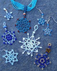 Beaded Snowflake Patterns | beaded snowflakes tutorials and kits these lovely snowflakes and stars ...