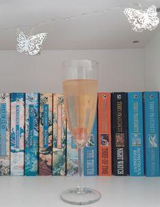 #Cocktail on #Booktails Mix & Match 11 #Vulture #CityofSpells #HousewithChickenLegs #CrownofTalons #ShiverofSnowandSky #Shadowghast