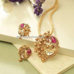 Leafy and Mango Design Fancy Pendant Jewelry Design Earrings, Gold Earrings Designs, Gold Jewellery Design, Handmade Jewellery, Necklace Designs, Gold Pendent, Pendant Set, Manubhai Jewellers, Gold Jewelry Simple