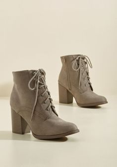 Cruisin' to Houston Bootie - Grey, Solid, Work, Casual, Minimal, Winter, Mid, Good, Lace Up, Chunky heel, Ankle, Grey, Neutral