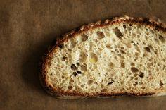 Vinohradský pšeničný kváskový chléb   Maškrtnica