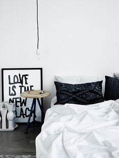 Painting would be a great DIY for my black and white bathroom!