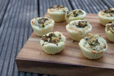 Savoury muffins with zucchini, goat cheese and pine nuts. Party snack idea.