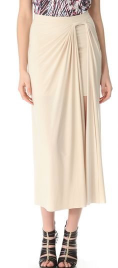 Двойная юбка  с петлей