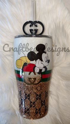 Cricut Explore Projects, Glitter Cups, Tumbler Designs, Custom Tumblers, Tumbler Cups, Cricut Ideas, Flask, Resin, Christmas Decorations