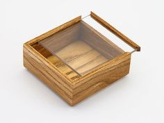 Wooden Gift Boxes, Wood Boxes, Wooden Projects, Wood Crafts, Wooden Box Crafts, Woodworking Desk, Woodworking Projects, Woodworking Patterns, Wooden Box Designs