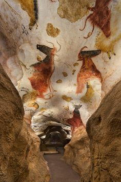Lascaux IV by Snøhetta and Casson Mann | New photographs reveal Snøhetta's Lascaux IV Caves Museum in southern France