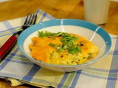 Cheesy Sausage Breakfast Grits recipe from The Kitchen via Food Network.OF COURSE, I'd switch out the sausage for bacon! Grits Breakfast, Breakfast Items, Sausage Breakfast, Breakfast Dishes, Breakfast Recipes, Breakfast Casserole, How To Cook Grits, How To Cook Sausage, Kitchen Recipes