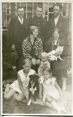 ON SALE Lovely 1920's antique family portrait with cute
