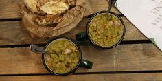 Kuivatuista herneistä itse valmistettu Hernekeitto vaatii useamman päivän valmisteluajan, mutta makun on vaivan arvoinen. Tästä ei pulkkamäen ruoka parane. Guacamole, Mexican, Ethnic Recipes, Food, Essen, Meals, Yemek, Mexicans, Eten