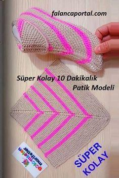 Super pantuflas à partir de un cuadrado.Super Easy Slippers to Crochet or to KnitBooties to Crochet – Step by Step Guide - Design Peak Loom Knitting, Knitting Stitches, Knitting Designs, Free Knitting, Knitting Projects, Knitting Socks, Baby Knitting, Knitting Patterns, Crochet Patterns
