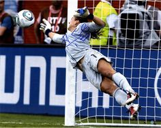 """Hope Solo Signed Making Save 16x20 Photo w/ """"2015 WC Champs"""" Insc."""