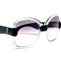 Oversized Vintage 70s sunglasses by YVES SAINT LAURENT YSL sunglasses Mod. Nr. 541; very elegant style with the dark blue nearly black color black color frame with YSL Logo on temples on both sides in silver color; the frame on front is transparent clear and the lenses shows a beautiful color gradient from light voilet purple to light grey; marked inside the temples Yves Saint Laurent. Silver Color, Color Black, 70s Sunglasses, Vintage 70s, Gradient Color, Ysl, Temples, Lenses, Yves Saint Laurent