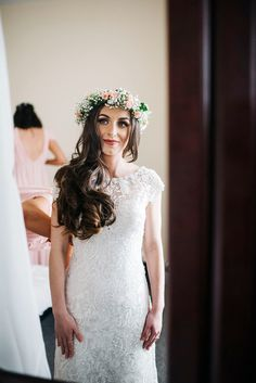 Jade wore a fresh rose and gyp flower crown for her boho inspired barbeque wedding. Photography by Kerry Woods.