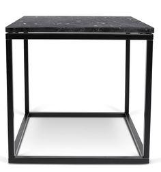 Prairie+Sofabord+-+Marmor+-+Moderne+sidebord+i+svart+Marquina+marmor.+Understellet+er+i+svartmalt+metall.+Tidløst+bord+som+kan+brukes+både+som+hjørnebord+eller+sofabord.