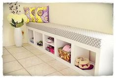 Ana White storage bench--DIY option insted of Expedit. More effort, but can make it with no MDF and paint whatever colour Ana White, Cubbies, Shoe Cubby Bench, Furniture Plans, Diy Furniture, Cubby Storage, Storage Ideas, Coat Storage, Storage Benches