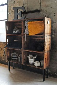 Decorated industrial style furniture and shelves - My favorites - DIY Home Decor Projects - Easy DIY Craft Ideas for Home Decorating Industrial Style Furniture, Industrial House, Industrial Interiors, Industrial Shelves, Rustic Industrial Decor, Vintage Industrial, Crate Shelves, Box Shelves, Diy Home Decor