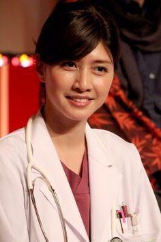 内田有紀 Japanese Beauty, New Age, Nice Body, Sexy Legs, Short Hair Styles, Cinema, Actresses, Actors, Face