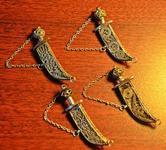 4 Vintage Sword Pins / Brooches Made In by Collectitorium on Etsy Filigree Design, Lapel Pins, Valentine Gifts, Brooch Pin, Sword, Jewelry Box, Arrow Necklace, Gifts For Her, My Etsy Shop