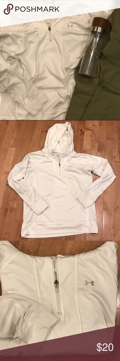 Under Armour cream workout hoodie Under Armour polyester/spandex blend hooded Running top in cream size medium. Under Armour Tops Sweatshirts & Hoodies