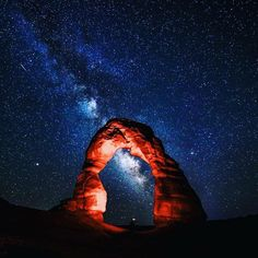 Delicate Arch, Arches National Park, Utah - Anybody else ever notice that the arch looks like two hands clasped together? Delicate Arch, Salt Lake City Utah, Northern Lights, National Parks, Places, Nature, Arches, Travel, Galaxies
