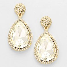 CRYSTAL TEARDROP PAVE EARRINGS $20 #WeddingJewelry #EastCoastOccasions #TheWeddingBoutique #Affordable #Timeless #Elegant #WeddingParty #Bridesmaids #BridalCollection #ElegantEarrings #BridalEarrings #BridesmaidsEarrings #Earrings #WeddingGuests #BridalJewelry EastCoastOccasions.com