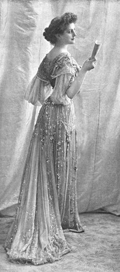 ↢ Bygone Beauties ↣ vintage photograph of a model in evening dress, 1902