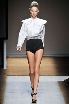 Saint Laurent Spring 2010 Ready-to-Wear Fashion Show - Michaela Kocianova (Elite)