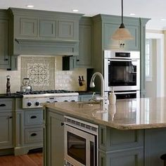 Green Kitchen Cabinets, Farmhouse Kitchen Cabinets, Kitchen Cabinet Colors, Painting Kitchen Cabinets, Kitchen Redo, Kitchen Paint, Rustic Kitchen, Kitchen Remodel, Kitchen Design