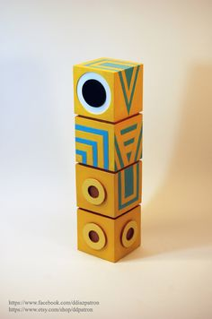 Totem. Monument Valley Game. (The eyes is magnetic. You can move it.)