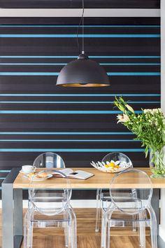 #tapata #stól  #lampa  #projektowanie #wnętrza #architekt #warszawa #wallpaper #table #chairs #Kartell #VictoriaGhost #interiors #diningroom #blue