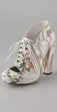Normally I hate this kind of shoe, but I find these strangely appealing.