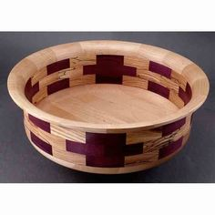 There are loads of beneficial tips regarding your wood working projects at http://www.woodesigner.net