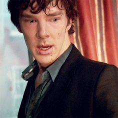 Benedict Cumberbatch being sexy as Sherlock. breathing heavily and looks like he just got his butt kicked. Young Benedict Cumberbatch, A Study In Pink, Sherlock Holmes 3, Benedict Sherlock, Heavy Breathing, 221b Baker Street, Johnlock, Martin Freeman, That Way