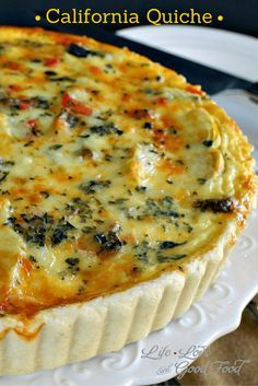 California Quiche, a veggie lover's dish with zucchini, peppers, onion, and artichoke hearts. One serving of this vegetable quiche is under 250 calories! Breakfast Quiche, Breakfast Dishes, Breakfast Recipes, Breakfast Ideas, Brunch Ideas, Breakfast Casserole, Quiches, Good Food, Yummy Food