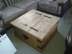 Mexican pine chest / coffee table - Large chest / coffee table Good condition...