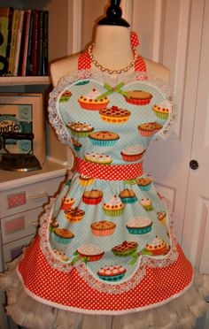 Retro Pie Shoppe Girl handmade apron by mimisneedle on Etsy