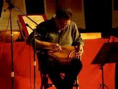 Esecuzione al salterio, strumento risalente all'epoca medievale, di un pezzo trobadorico. Suona il maestro Marcello Sghembri, in occasione della serata di mu...