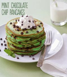 St. Patrick's Day Breakfast: Mint Chocolate Chip Pancakes